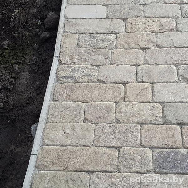 Дорожки из камня